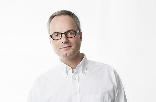 Portraitfoto Jürgen D. Wettlauffer